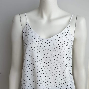 dots top wit